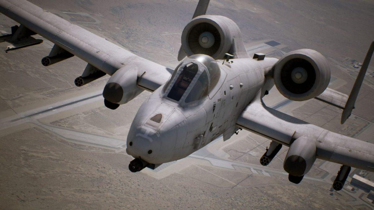 Ace Combat 7 - flygplanet A-10C Thunderbolt II visas upp